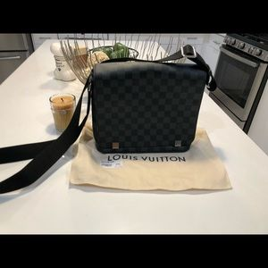 Louis Vuitton District PM Damier crossbody bag